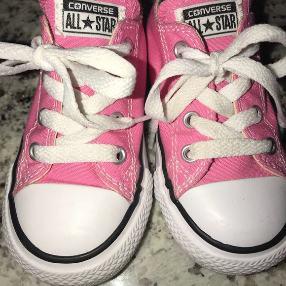 2107b9afc0f2 Converse Other - Toddler girl pink Converse size 7